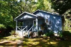Enjoy a great mountain get away in this cozy cottage.