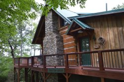 At Treetop Cabin, you will have everything you need to be cozy and comfortable while you enjoy a true mountain experience!