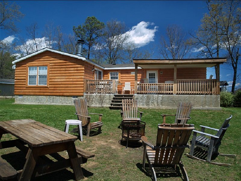 Mountain top cabin rental near bryson city nc with for Smoky mountain nc cabin rentals
