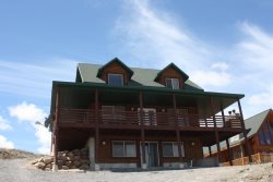 Deck Of Dreams - Modern Cabin Style Home With Spectacular Views