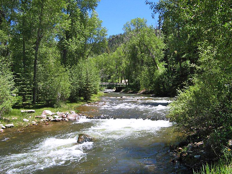 Rio cabana vacation rental home rustic getaway fly fishing for Durango co fly fishing