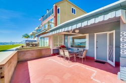 Bay Front Mission Beach Rental: Bayside Serenity