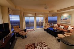 Ocean Front Mission Beach Rental: Beach Baby