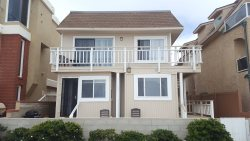 Ocean Front Mission Beach Rental: Surfside Landing I