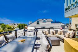 Mission Beach Rental: Triton`s Castle
