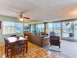 Bay Front Mission Beach Rental: Serendipity