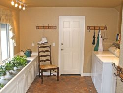 Laundry \/ Mud room
