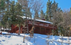 Whispering Heights, a fantastic, relaxing vacation cabin in the Moonridge area of Big Bear Lake