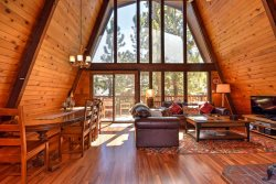 Larks Nest -  Bask in the sunlight at this secluded dog friendly mountain Vacation Cabin in Big Bear with outdoor hot tub and BBQ.