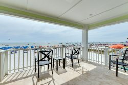 Direct Beachfront 2BR Luxury Suite with Amazing Views - Brand New Pool and Spa!