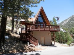 A-Frame Cabin close to Gull Lake, lots of upgrades, walk to both June and Gull Lake AP#18-006 UP 18-008