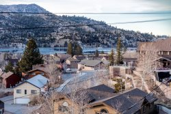 LV1-GREAT VIEWS OF JUNE LAKE AND SIERRA MOUNTAINS, WALKING DISTANCE TO TOWN