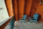 Elk Lodge Balcony off of loft area
