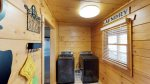 Elk Lodge Laundry room
