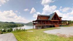Elk Lodge - Norris Lake Vacation Cabin Rental Overlooking Norris Landing Marina -4 King Suites, Hot Tub
