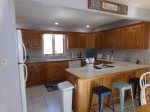 Lakeside Dixie Dream has a fully equipped kitchen with a dishwasher