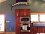 Oaklynn`s Oasis has a fully equipped kitchen