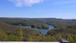 Oaklynn's Oasis - Private Mountain Top Cabin Rental Overlooking Norris Lake
