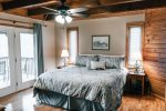 Ma Cook Lodge has a king master suite w/ jacuzzi bathtub and private access to Norris Lake