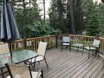 Payette River Cabin outdoor deck and table