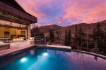 Outdoor Pool Hot Tub