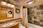 Vail Village location w/pool and free parking