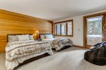 Ideal Vail Retreat Just Minutes from the Gondola