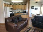 Beartooth Montana Getaway - Living Area