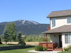Beartooth Montana Getaway ~ Stay in this Mountain Getaway Townhome on Red Lodge Golf Course