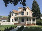 Anne the Victorian Queen ~ Very Convenient Downtown Red Lodge, MT Location ~ Sleeps 17!