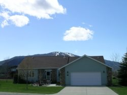 Corner View ~ Gorgeous Views ~ Red Lodge Golf Course ~ Sleeps 11