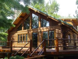 Bear `n Crescent Moon ~ Nestled in the Pines and the Aspens ~ Located 1 Mile South of Red Lodge