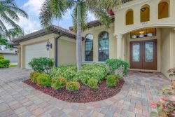 Villa Gasparilla - SW Cape Coral 3b/2ba + den, luxury home w/electric heated pool/spa, gulf access canal, HSW Internet, Boat Dock + Tiki Hut