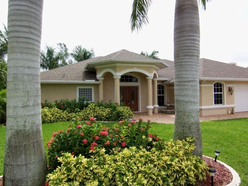 Lucky Pelican   SW Cape Coral 3b/2.5ba Electric Heated Pool U0026 Spa, Gulf  Access Canal, Boat Dock, HSW Internet