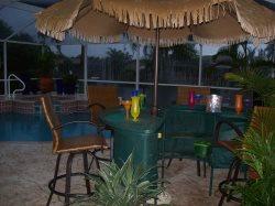 Villa Sharan - SE Cape Coral 4b/2ba Electric Heated Pool/Spa  Fresh water Canal, HS Internet,