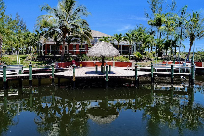 Palm Breeze   Cape Coral 3b/2ba Luxury Home With Heated Pool On Gulf Access  Canal, HSW Internet