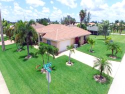 Cape Escape - Cape Coral 4b/2ba home w/electric heated pool, HSW Internet,
