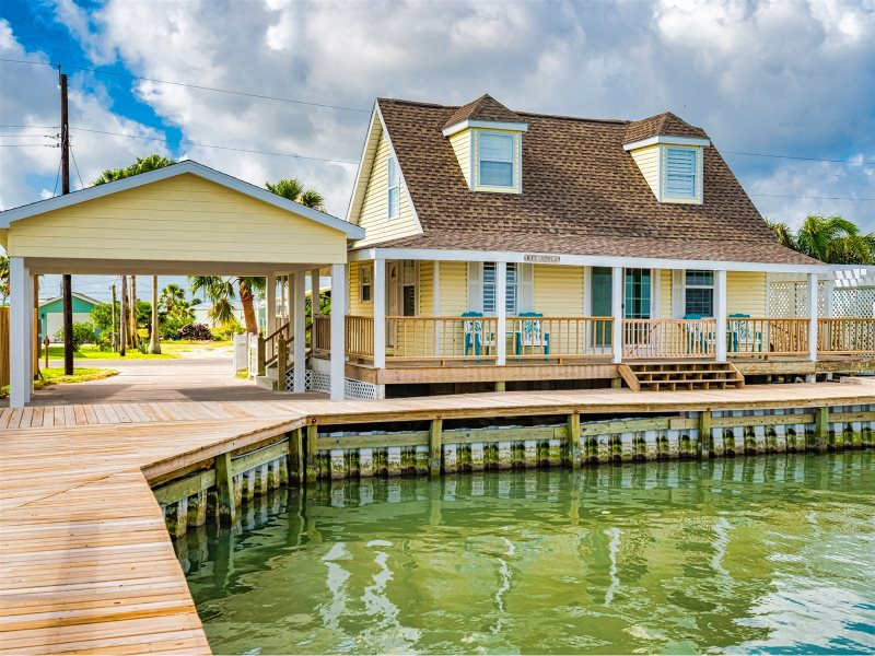 Bay Cottage Rockport Tx Miss Kitty S Fishing Getaways