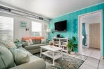Cute coastal decor in the living room