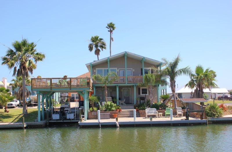 Pleasant Dock Of The Bay Rockport Tx Miss Kittys Fishing Getaways Download Free Architecture Designs Boapuretrmadebymaigaardcom