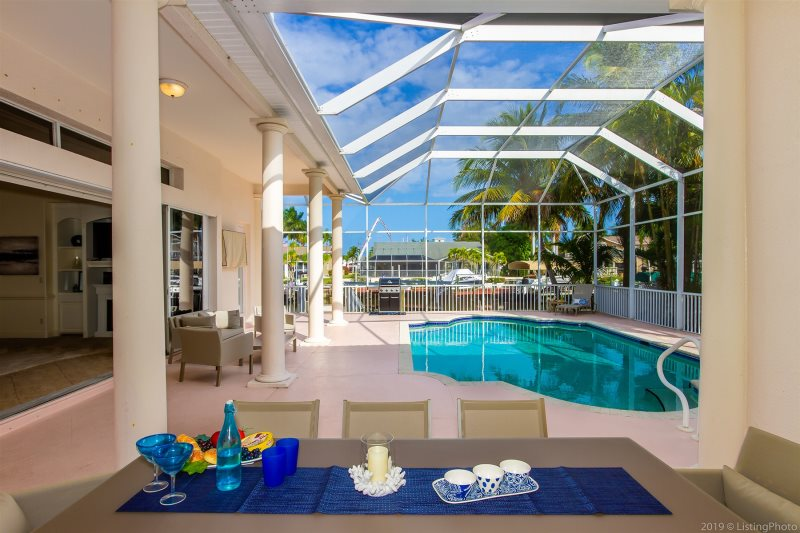 Bel Air Luxury Cape Coral Vacation Rental Home Pool Table And Bikes 2 Bunk Beds