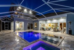 Southern Serenity -  Luxury Property  - Large Pool Area With Outside Kitchen