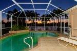 Bella Vida - Tastefully Decorated - Priceless Water Views - Pool Table