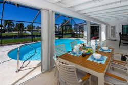 Hidden Gem - Within Walking Distance to Downtown Cape Coral