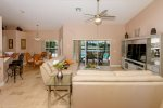 Fully equipped kitchen as well as breakfast nook
