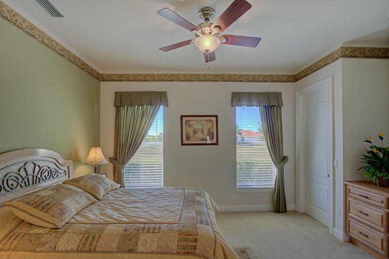 Elizabeth 3 Bedroom 3 En Suite Baths And Pool Bath Pool With Jacuzzi