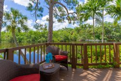 Key Wester - Tropical Respite for Two in Beautiful Bonita Springs