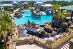 Cypress Breeze -Adorable 4 bedroom 3 Bath House, Close to Dune Allen Beach and Gulf Place.
