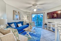 Gulfview 106 1BR/1BA with Bunks - Steps from the Beach! Newly Redecorated - Ready for your Spring Break Vacation!