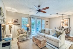 Rollin Tide Villas C6 - 1br/bath Condo in Heart of Seagrove 30A.  Short walk to the beach!